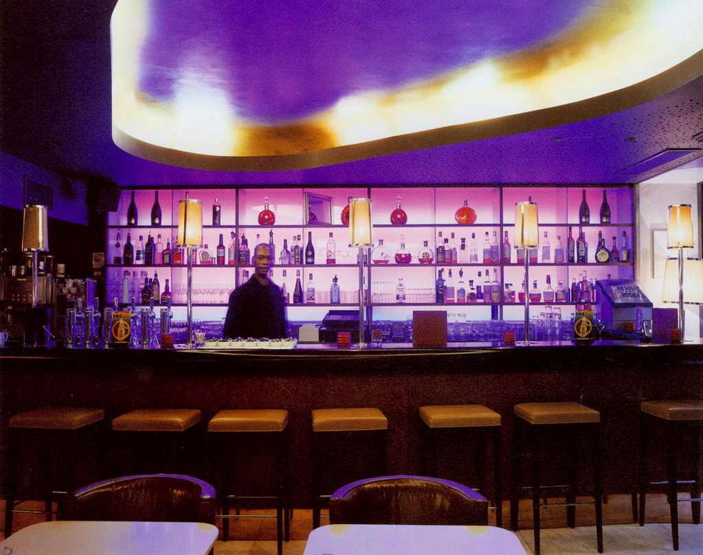 美容室布置_酒吧吧台_案例图库_上海装潢网