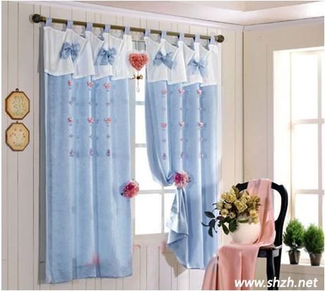 四:地中海风,美式乡村,韩式田园客厅中,浅色系窗帘是王道.