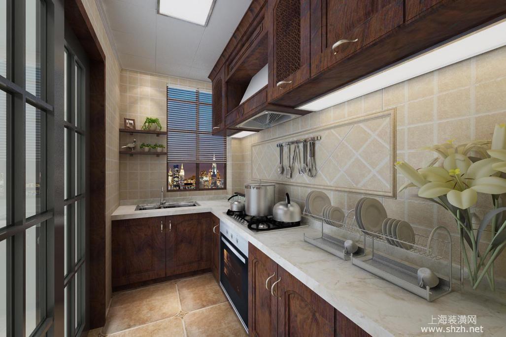 美式风格中常见开放式厨房设计,l型厨台构造,需容纳足够的操作台面.