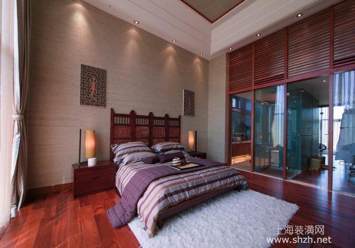 主卧室床头柜设计效果图欧式