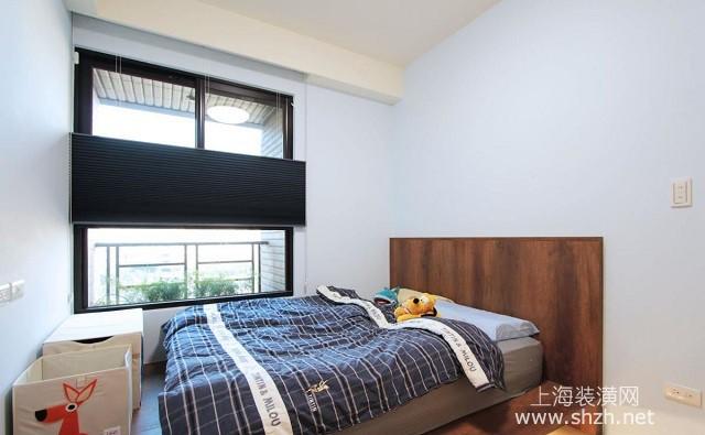 装修学堂 装修设计 装修风格 欧式风格 正文  主卧室简约轻巧,灰白色