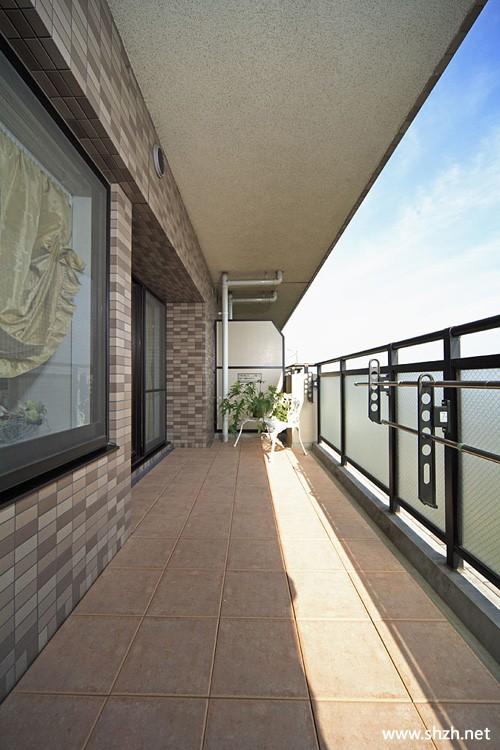 新古典欧式装修风格简约阳台实景图-上海装潢网