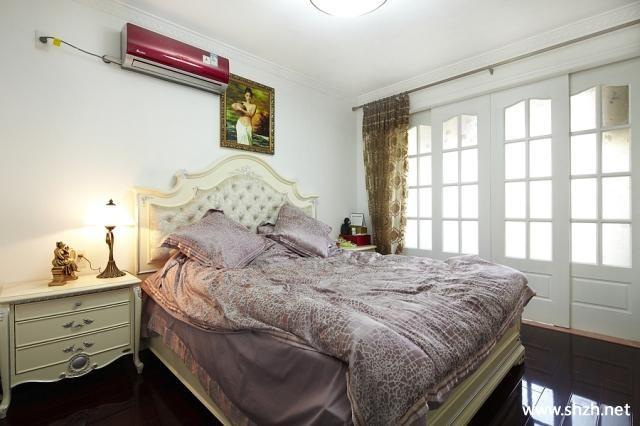 欧式卧室背景墙-上海装潢网