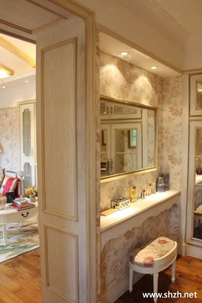 欧式豪华卧室梳妆台