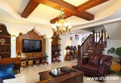 装修图库 东南亚风格  浏览数: 6 客厅特别庄重大方,十分壮观.