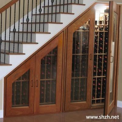 中式古典楼梯过道酒柜效果图