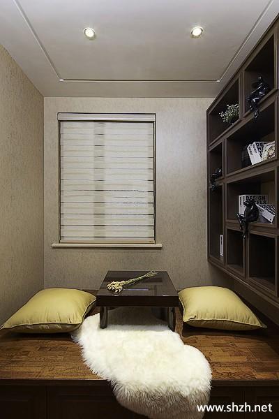 书房阳台/飘窗榻榻米壁橱装饰摆件实景图