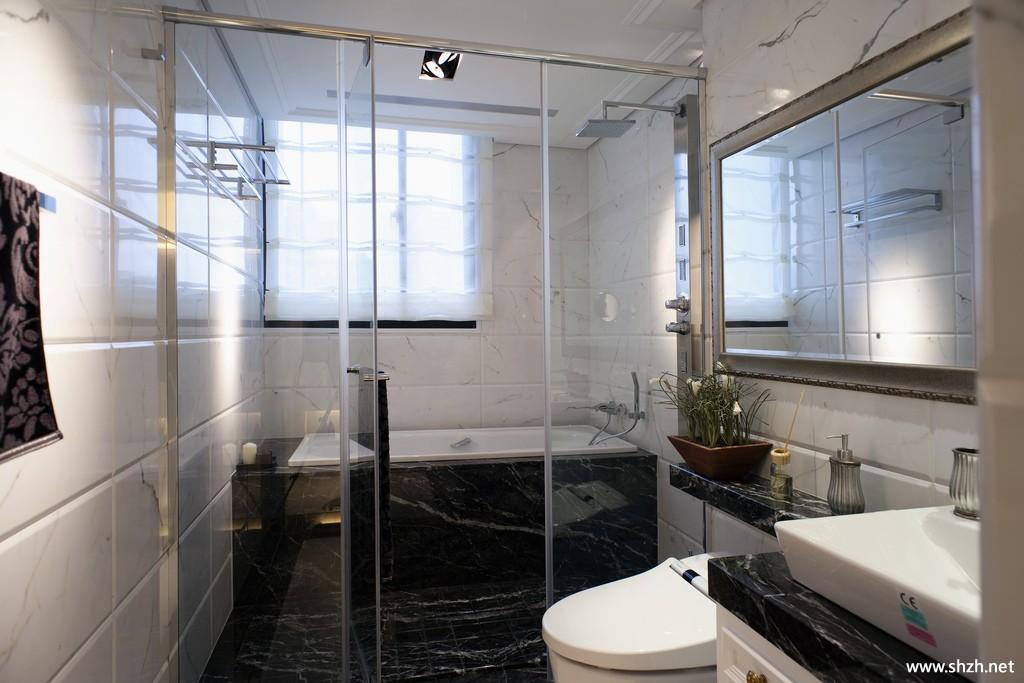 欧式大户型卫生间淋浴房