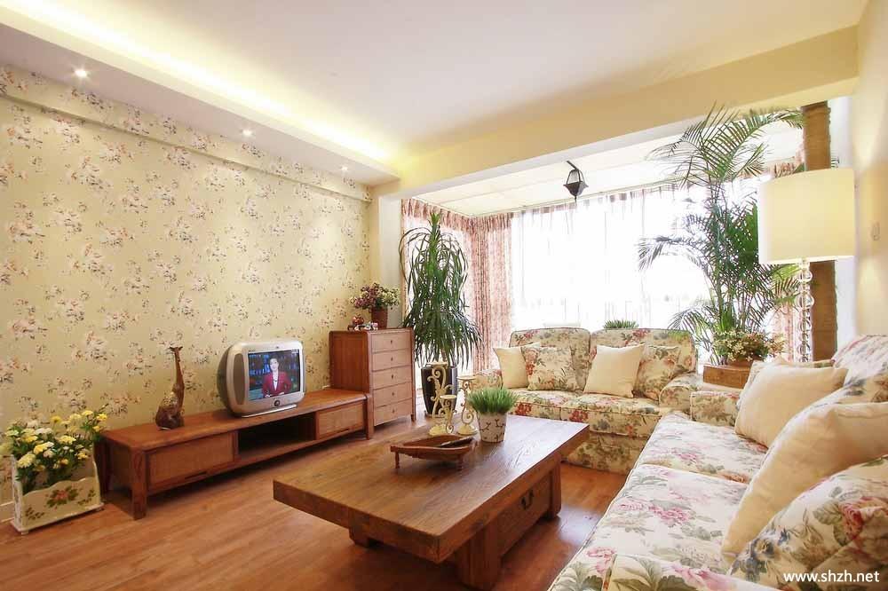 欧式田园客厅沙发背景墙实景图