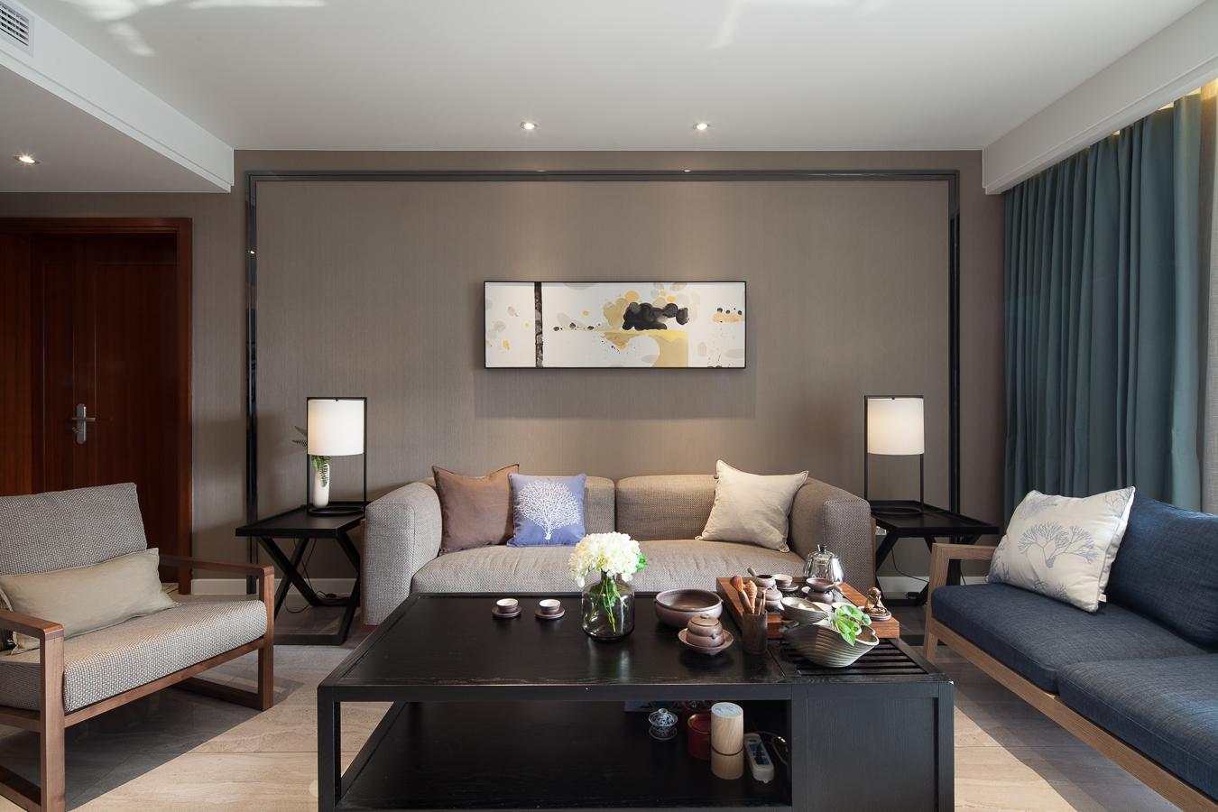 力设计灰色空间客厅装修设计欣赏