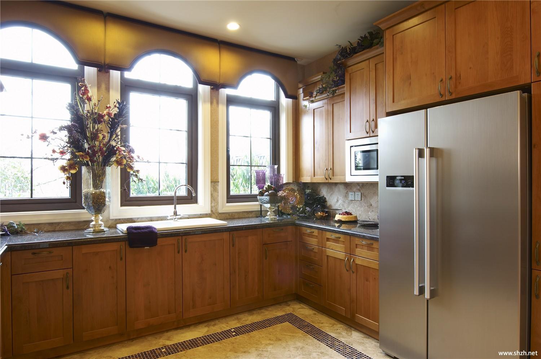 装修图库 欧式风格  浏览数: 6 相关标签 暖色 厨房 别墅 实景图 相关