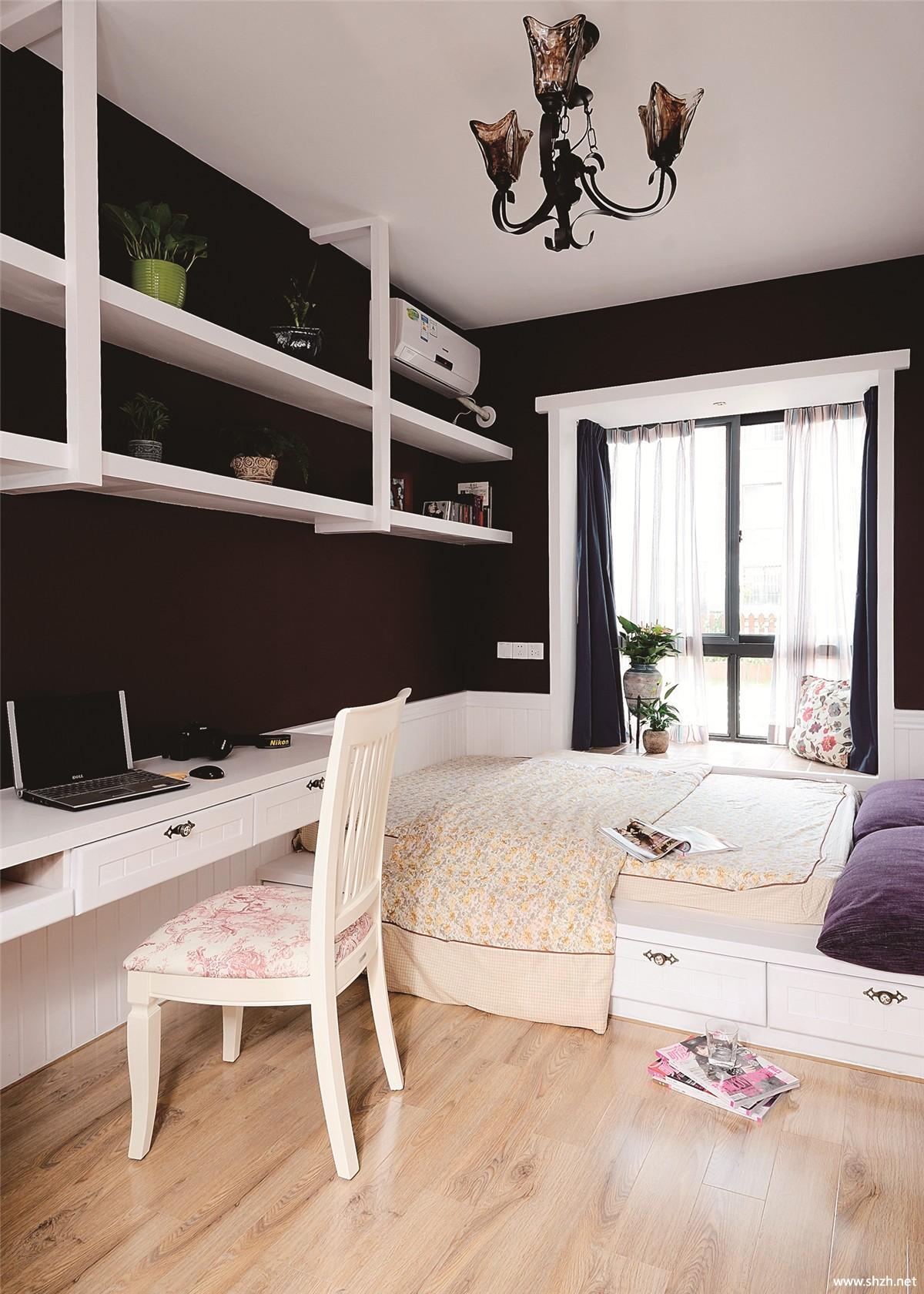 卧室飘窗榻榻米家具实景图