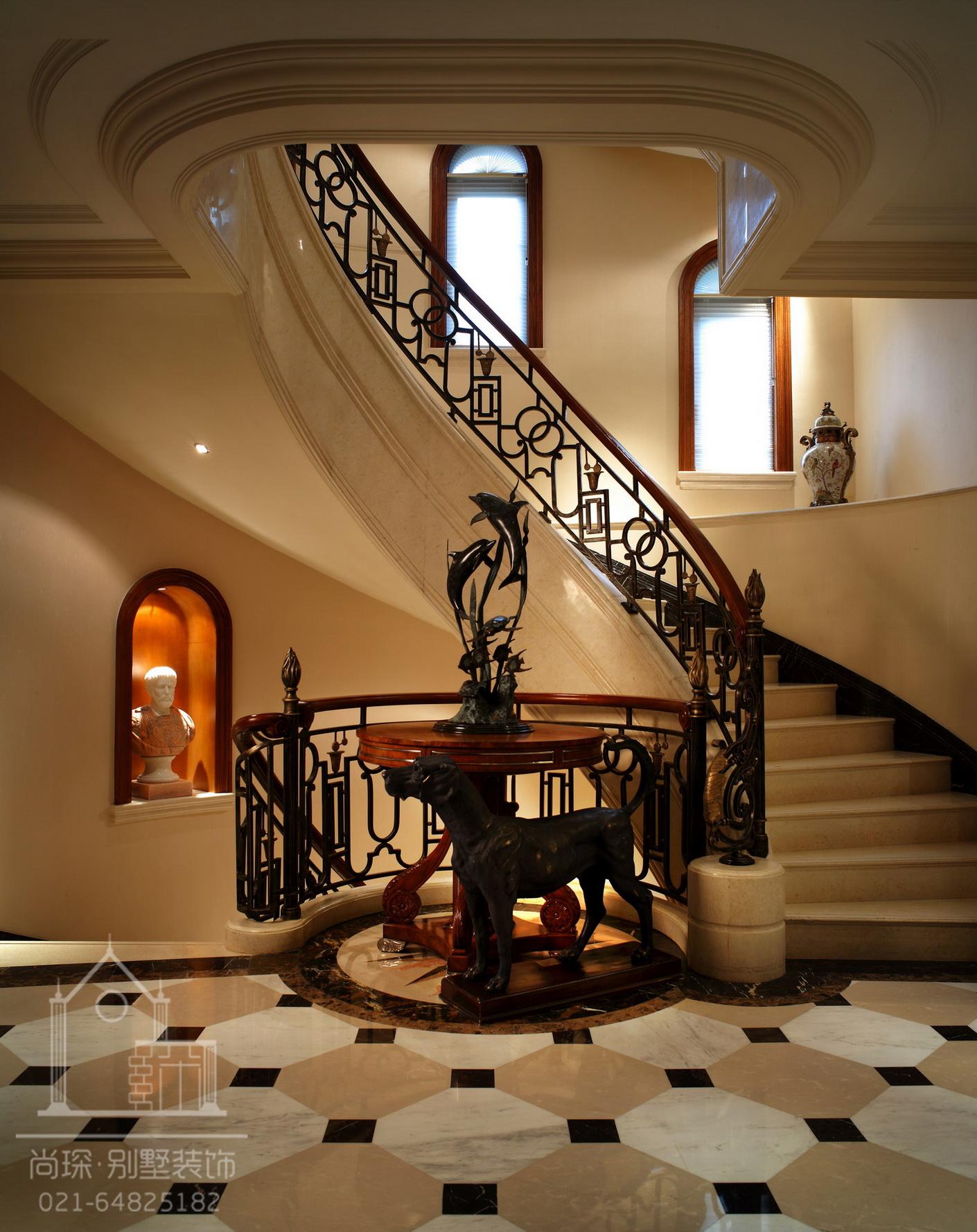 楼梯间两个开关控制一个灯接线视频