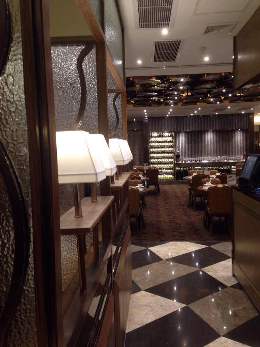 茶餐厅设计装修效果图5