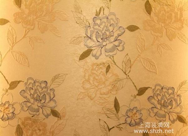 卧室墙面装修硅藻泥和墙布哪个选择好?两者优缺点分析