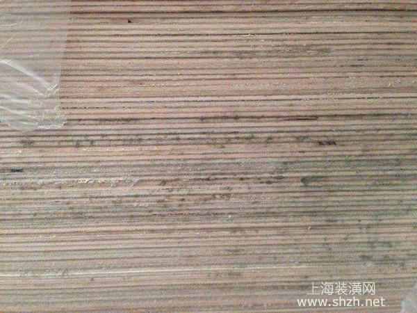 导致地板发霉变黑的原因是什么?地板发霉变黑怎么处理