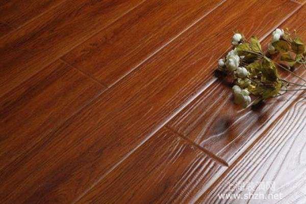 强化地板是由哪些材质构成,强化地板优缺点分析