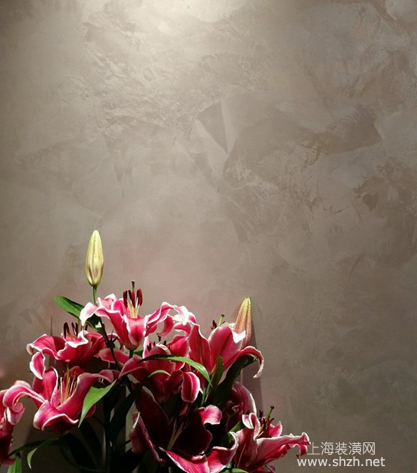 用艺术漆做特色墙好不好?艺术漆和一般油漆有什么区别