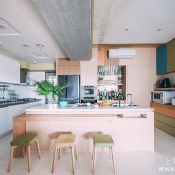 中岛餐桌吧台二合一设计正流行,多款绝妙餐桌设计案例分享