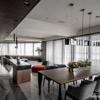 用设计串联家人情感,满足四代同堂居住的酒店风质感美宅