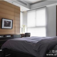 现代风格三居室卧室装修效果图